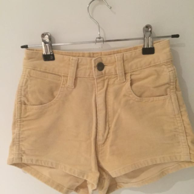 Wrangler Cotton Lemon Shorts