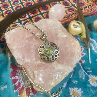 925 Sterling silver Celtic Boho Pendant With Peridot Stone.