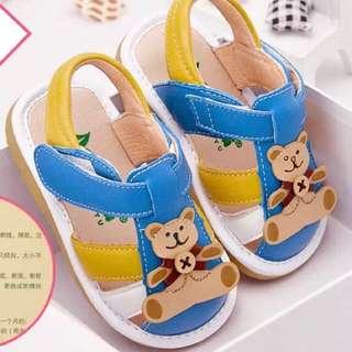 預購7折 1-3歲 真皮牛皮夏季男寶寶卡通猴子防滑軟底包頭學步鞋涼鞋叫叫鞋啾啾鞋