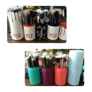 Mac And Kylie Brushes