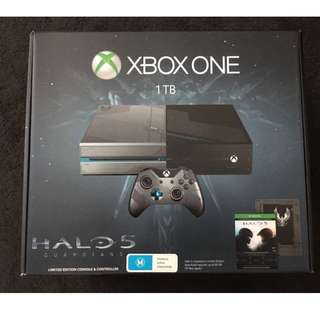 Xbox One 1TB Halo 5 Limited Edition Console + Extras!!! MUST GO!!!