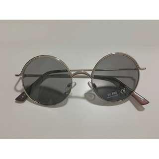 Snazzy Circular Sunglasses