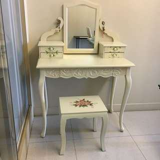 Make up / Dressing Table (Classic Design)