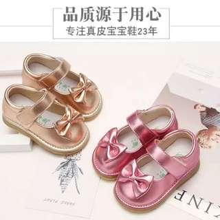 預購7折 1-3歲 真皮牛皮防滑軟底蝴蝶結女童寶寶鞋公主鞋皮鞋叫叫鞋啾啾鞋