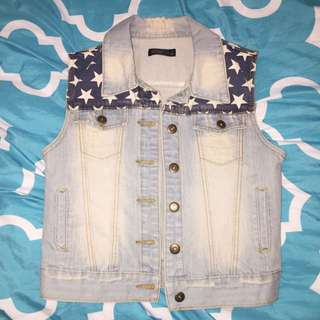 Chicabooti Vest.