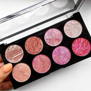 Blush Queen Palette By Makeup Revolution