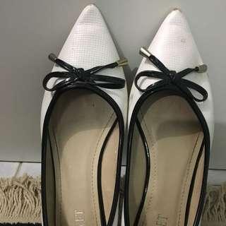 White Ballerina Flat Shoes