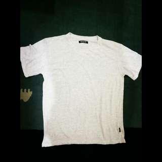 "Shirt Warna Pitch, ADA MOTIF KECIL"" full print.  Unisex.  Ukuran L. Kondisi 98%"