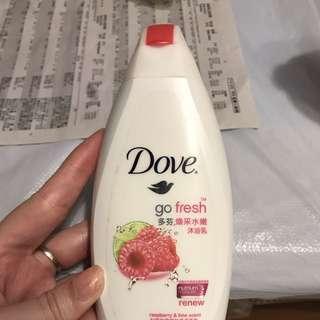 dove 紅梅青檸沐浴露