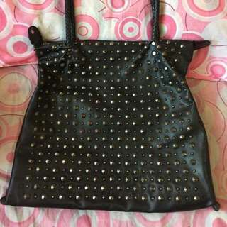 Big studded bag Roomy