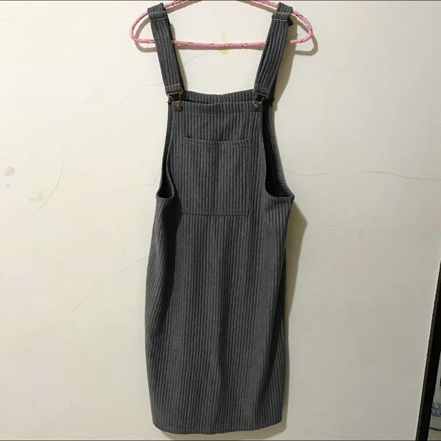 深灰色吊帶裙(全新)
