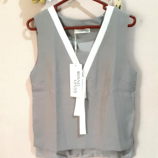 Bkk grey abu top