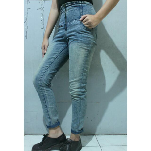 Blue Highwaist Jeans