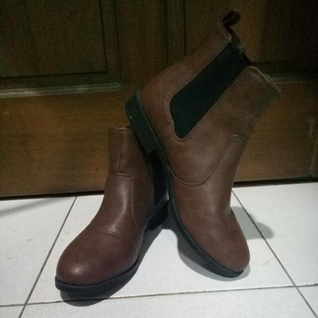 H&M Boots size 38