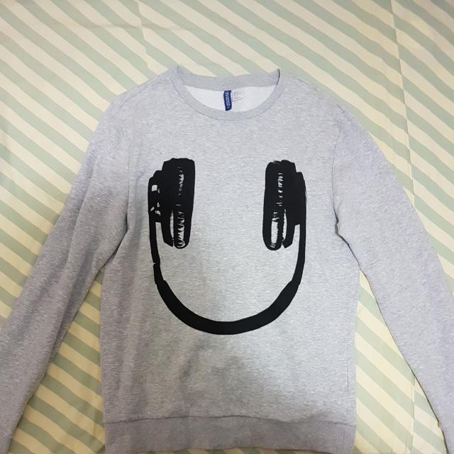 H&M sweatshirt Size M