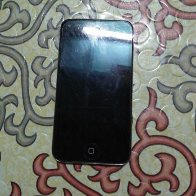 Itouch 4th Gen 8Gb