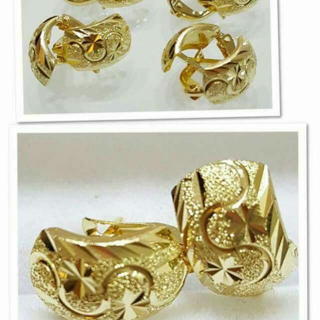 Able 18k Saudi Gold Clip Earrings Women S Fashion Jewelry On Carou