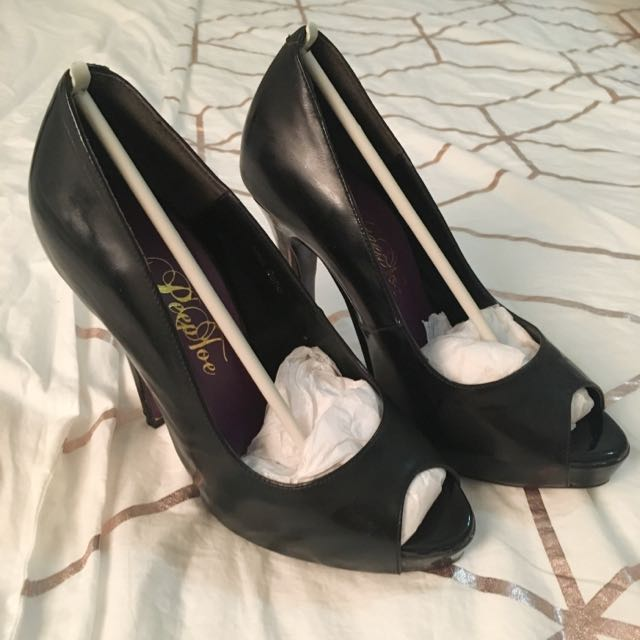 Peeptoe Miss Soho Black 34