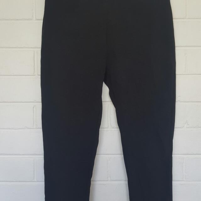 Simple Black Jeggings