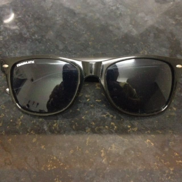 Timomatic Sunnies Black Color