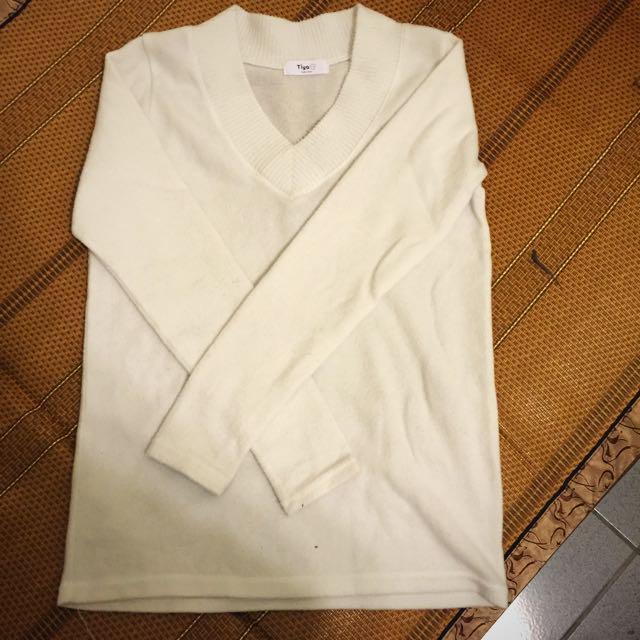 Queenshop白色v領針織衫