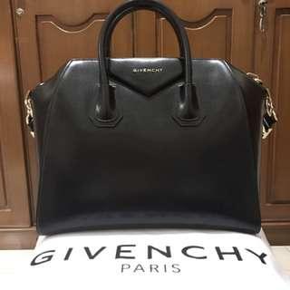 SALE! Authentic Givenchy Antigona Medium Bag