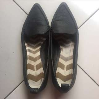 Black Flat Shoes size 36