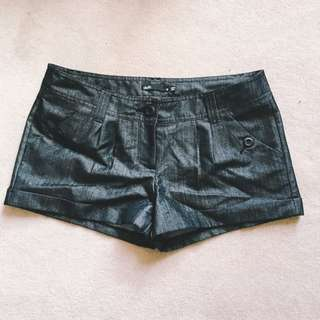 Dotti Black Metallic Look Shorts Size 10