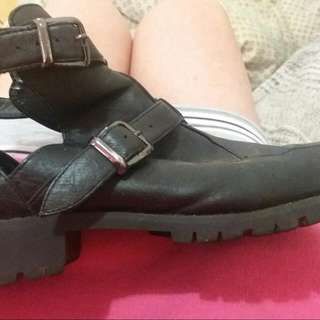 Sportsgirl Leather Cut Out Boots Size 9/40 RRP $90