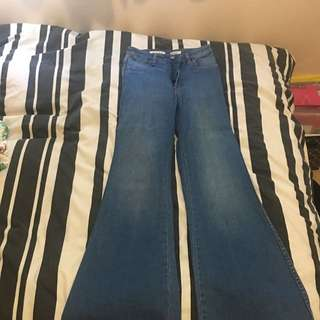 Wrangler Bell Bottom Jeans