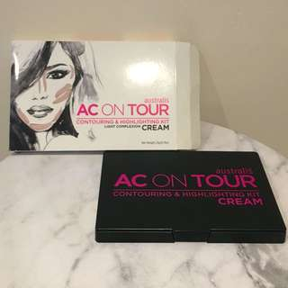 AUSTRALIS AC ON TOUR CONTOURING & HIGHLIGHTING PALETTE - LIGHT COMPLEXION