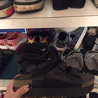 涼鞋便宜賣