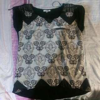 VALLEYGIRL Black Pattern Top