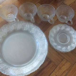 Plateware Glassware Vintage 12 pc Starter Set