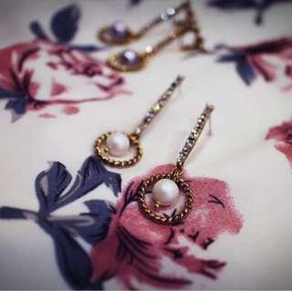 Tentez Bijoiterie古風首飾專賣店 獨家手作設計 幾何簡約華麗款長型搖曳霧白珍珠耳環