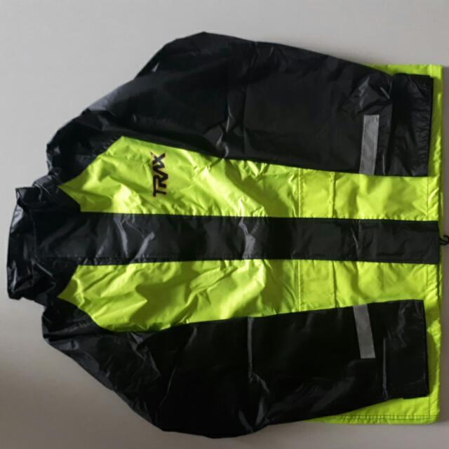 2 Trax Rainware with bag