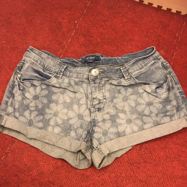 6ixty8ight 牛仔短褲