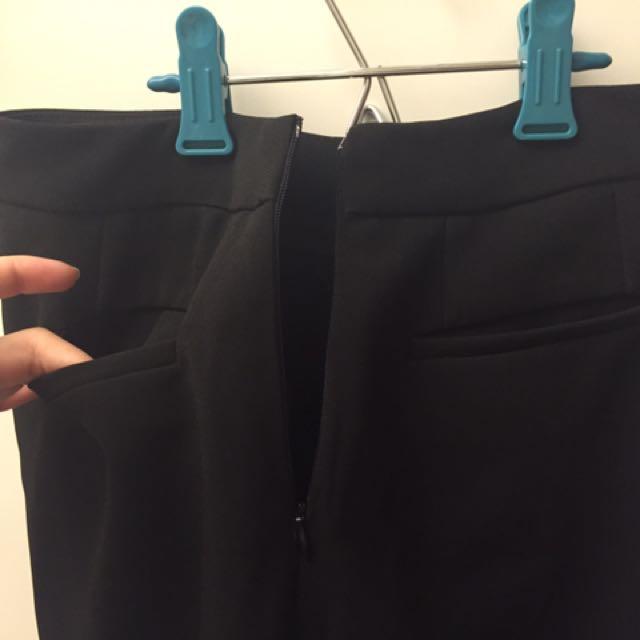 黑色西裝褲 直挺有剪裁完全不皺材質