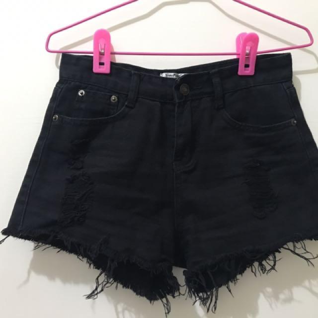 白色 黑色 刷破短褲 兩件合售