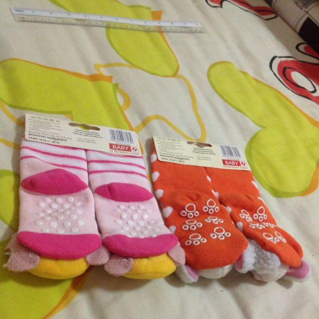 BNWT Anti Slip Socks With Rattle Sound