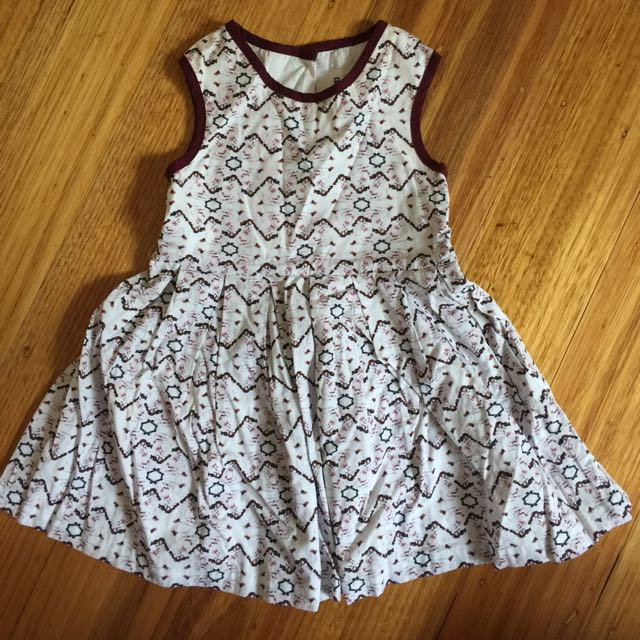Born Free by Victorian Beckham - Girls Dress (size: 2T)