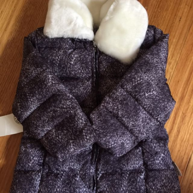 BRAND NEW Girls Goose Down Jacket/Coat with detachable faux fur