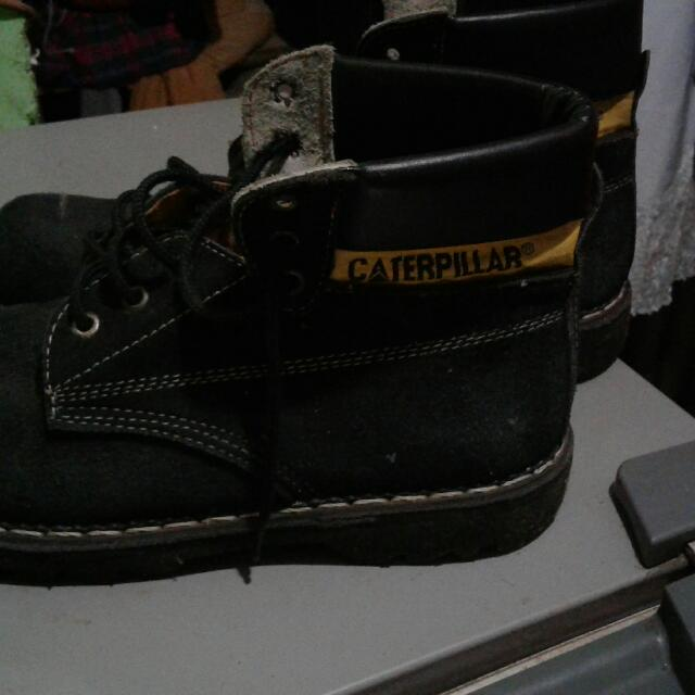 CATERFILAR size 40