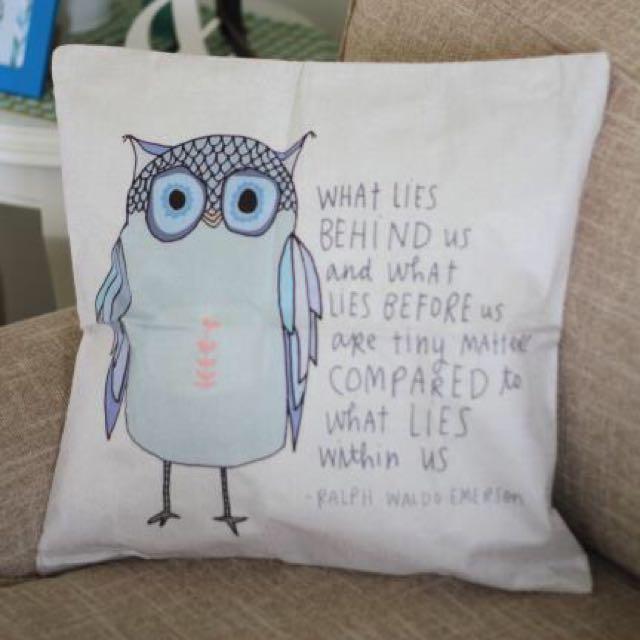 Cushion Owl / Sarung Bantal Kursi Burung Hantu