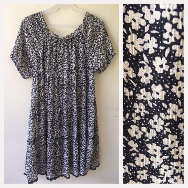 Floral Dress/Maternity