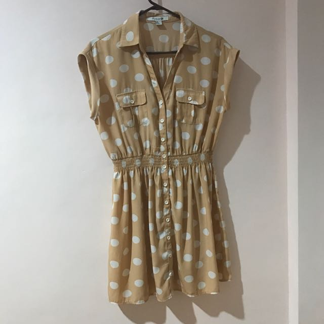 FOREVER21 Polkadots Button Down Dress