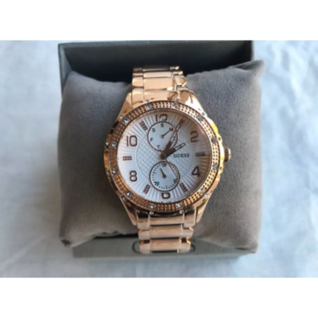 Guess Mid Size Rose Gold