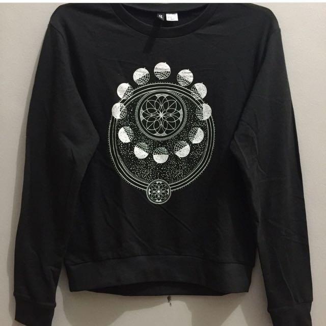 HnM Black Sweater