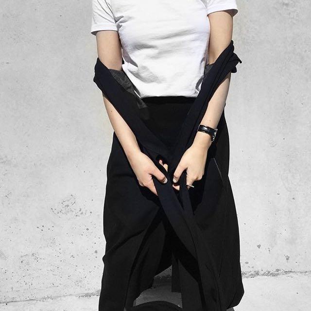 Life with Bird Navy Skirt