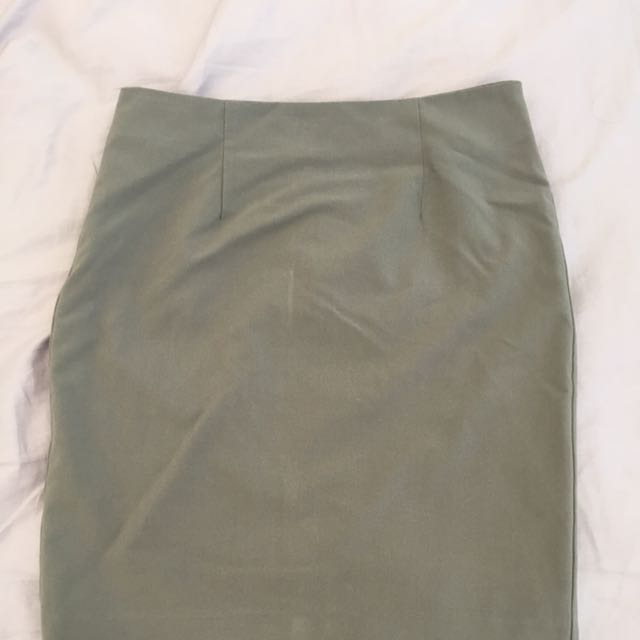 Original F21 Light Gray Semi Pencil Skirt